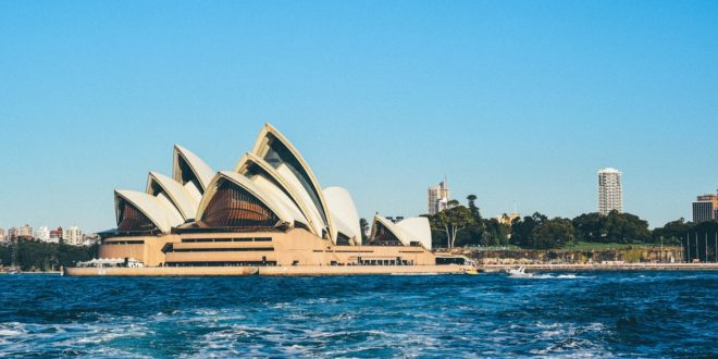 Guide to get started with the idea of moving to Australia